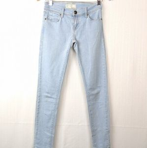 Free People | Light Wash Skinny Ankle Jeans Sz 24